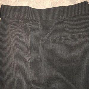 Ladies Briggs New York 12P Gray Pinstripe Pants